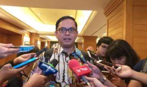komisioner komisi pemilihan umum kpu ri viryan azis memberikan  181005130938 945