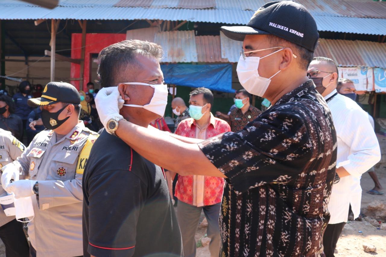 operasi masker