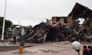 kantor gubernur sulbar ambruk