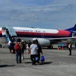 sriwijaya air pastikan penumpang dapat kompensasi pembatalan penerbangan