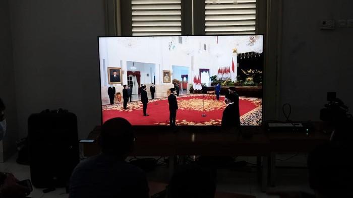 jokowi lantik mendikbud ristek nadiem dan menteri investasi bahlil foto andhikadetikcom 169