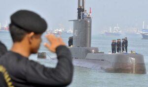 kapal selam kri nanggala 402 13 169