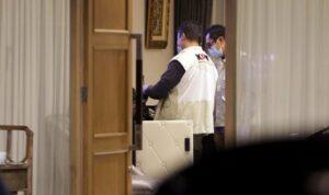 kpk geledah rumah dinas wakil ketua dpr azis syamsuddin