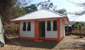 4 rumah kecil sederhana
