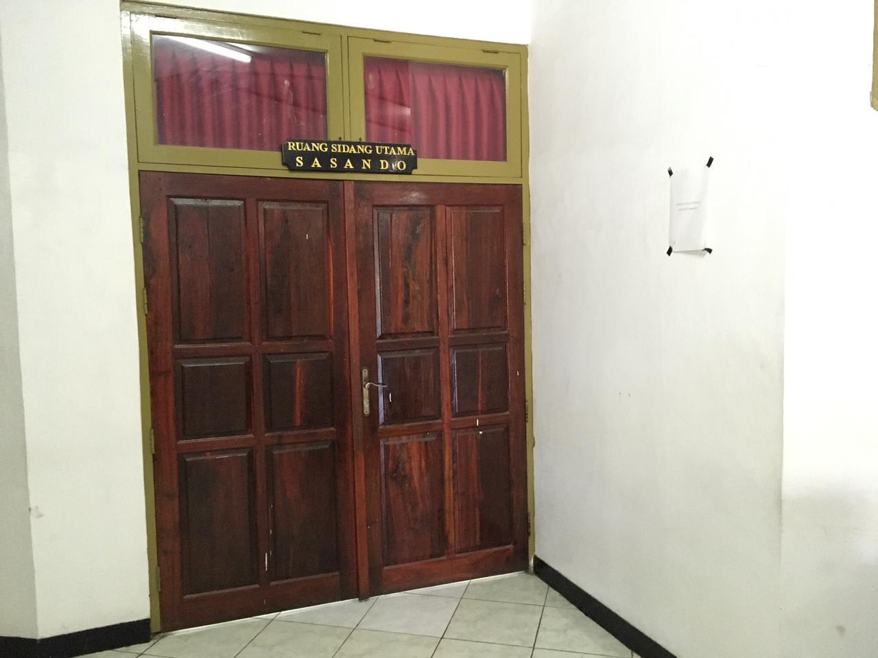 ruang sidang