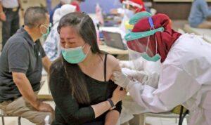 16451288 warga indonesia sudah terima dosis lengkap vaksin covid 19 m 276716