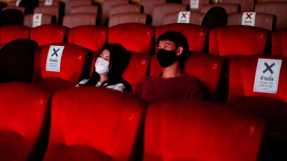 81754 ilustrasi bioskop saat pandemi covid