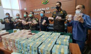 kejati ntt pamer selamatkan rp 173 t dari kasus korupsi 169