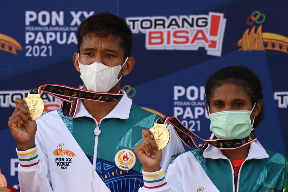 G papua raih medali emas panjat tebing pon ijg